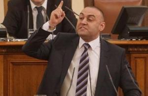НОВ СБЛЪСЪК в парламента ДНЕС! ХЮСЕИН ХАФЪЗОВ УДАРИ ЖУРНАЛИСТКА ОТ ТЕЛЕВИЗИЯТА!